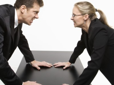 Una dirigente aveva irrogato provvedimenti disciplinari a un proprio sottoposto, ma successivamente questo si vendica con la privacy