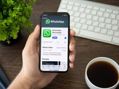 Sempre più diffuso l'uso di WhatsApp per motivi di lavoro